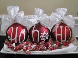 christmas table centerpiece 20 great ways to decorate your home with christmas ornaments