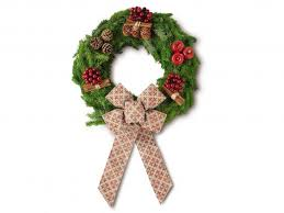 Christmas Wreath Decorations Wholesale Uk by 15 Best Real Wreaths The Independent