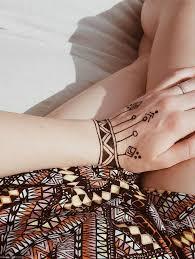 die besten 25 henna auf der hand ideen auf pinterest henna hand