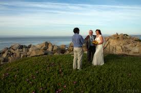Beach House Rentals Monterey Ca by Elope In Monterey For A Stress Free Wedding Experience