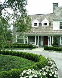 Landscaping Ideas For Front Yard Best 25 Front Yard Hedges Ideas On Pinterest Hedge Fence Ideas
