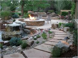 25 Best Ideas About Simple by Backyards Beautiful 25 Best Ideas About Backyard Hill