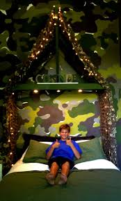Boy Bedroom Ideas by Best 25 Camo Bedroom Boys Ideas On Pinterest Hunting Bedroom