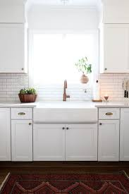 Apron Sink With Backsplash by Best 25 Apron Sink Ideas On Pinterest Farm Sink Kitchen Apron
