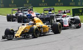 renault one magnussen escapes big crash at belgian gp with small injury
