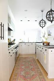 kitchen cabinet paint at sherwin williams how to paint kitchen cabinets like a pro the design