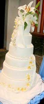 affordable wedding cakes affordable wedding cake of pastries
