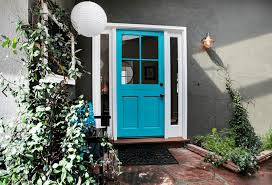 Colors For Front Doors by What Does Your Front Door Color Say About Your Home Freshome Com
