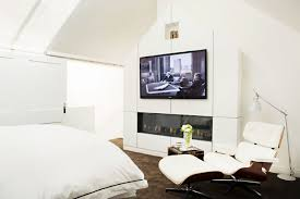 should couples have a tv in the bedroom mydomaine