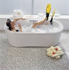 bodenbelã ge badezimmer badezimmer boden steine kreative ideen über home design