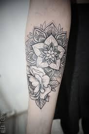 25 unique half sleeve tattoos forearm ideas on pinterest half