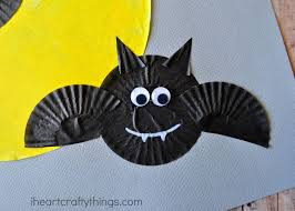 cupcake liner bats halloween craft i heart crafty things