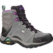 women u0027s light hiking shoes and boots moosejaw