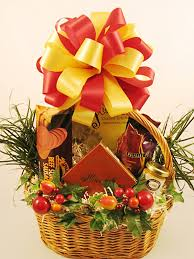 cheap gift baskets 40 christmas gift baskets ideas christmas celebration