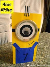 minion gift bags running away i ll help you pack despicable me birthday