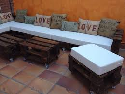 Pallet Patio Furniture Cushions Rustic Whole Pallet Corner Sofa With White Foamy Cushion Jpg 720