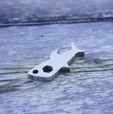 shark tool u2013 cape clasp