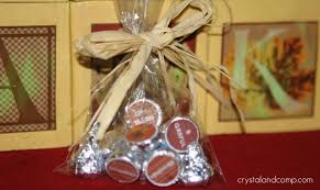 thanksgiving party favor ideas thanksgiving hershey u0027s kisses free printable crystalandcomp com