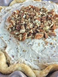 traditional thanksgiving dessert recipes pecan cream pie together as family