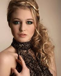 undercut long curly hair the deep parted undercut hairstyle for long wavy ombre hair