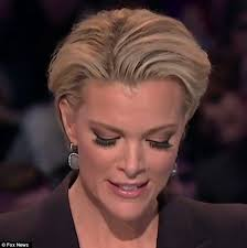 megan kelly s new hair style witty twitter users lash out at megyn kelly over her eyelashes