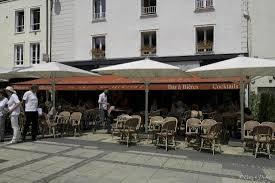 bureau plus chartres le café du général à chartres photo de le cafe du general