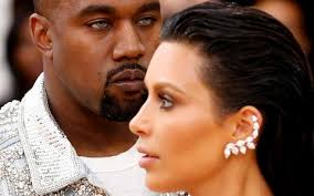 kanye west earrings kanye west s makes me wish i d never defended