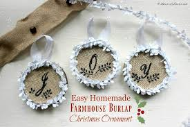easy farmhouse burlap ornament tutorial