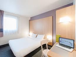 chambre chez l habitant cholet b b hôtel cholet centre cholet tarifs 2018