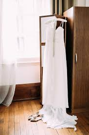 relaxed wedding dress baby on board and ben s relaxed vintage wedding