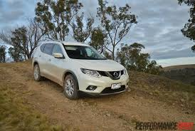nissan crossover 2014 2014 nissan x trail st l review video performancedrive