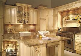 Painting Kitchen Cabinets Antique White 27 Antique White Kitchen Cabinets Amazing Photos Gallery White