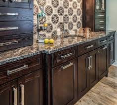 are oak kitchen cabinets still popular oak kitchen cabinets still a wise choice for your new