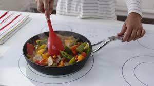 poele de cuisine comment choisir une poêle 4 é