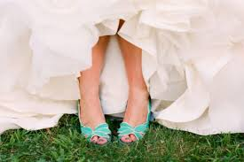 wedding shoes for grass colorful wedding shoes trend