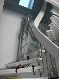 leiter f r treppe heim elich daredevil fenster putzen über der treppe
