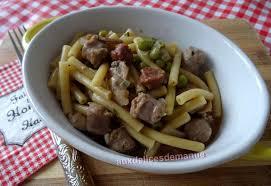 petit plat facile à cuisiner pâtes aux chipolatas merguez petits pois et chignons au cookéo