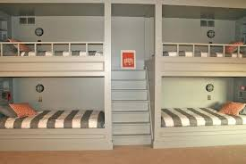 Bunk Beds For 4 4 Bunk Beds Backpackers Bedroom With 4 Bunk Beds 8 Sleeper