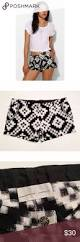 Pin 30 Black And White by Anthro Love Sam Black U0026 White Ikat Shorts Nwot Adorable Black And