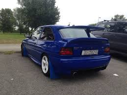 toyota lexus zagreb spotted this escort cosworth rs in zagreb more pics in comments