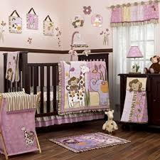 chambre de b b fille design interieur design chambre bébé fille animaux lilas