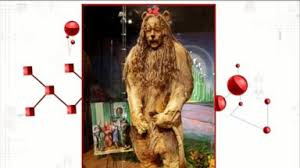 Cowardly Lion Costume Cowardly Lion Costume Fetches Over 3m At Auction Video Abc News