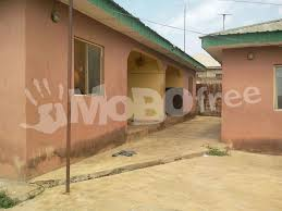 urgent sales 4 unit of two bedroom flats for sale houses