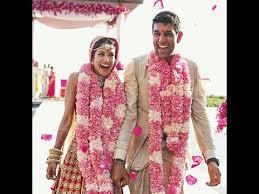 wedding gift ideas for friends cleonova honeymoon india wedding gift ideas