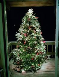 How To Put Christmas Lights On A Tree by Holiday Decorating Tricks Interior Designer Christmas Ideas