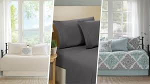 Places To Buy Bed Sets Awesome Best 25 College Dorm Bedding Ideas On Pinterest Places To
