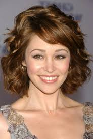 hairstyles short cut wavy hair side view wavy short hairstyles