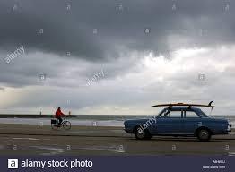 surf car surf car on the boulevard from city place scheveningen zuid