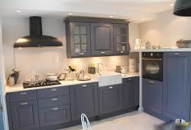 meuble cuisine repeint 100 idees de repeindre ses meubles de cuisine