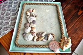diy sand and seashell monogram beach wall decor themrsinglink